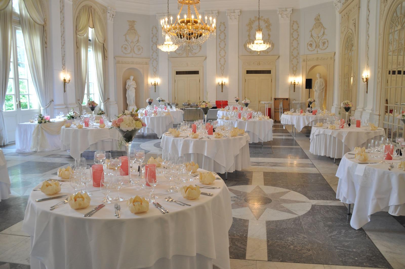 Dekocreativ dekorationsservice f r hochzeiten und events for Hochzeitsdeko creme